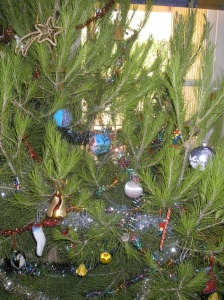 2006 Christmas tree - closeup view 2