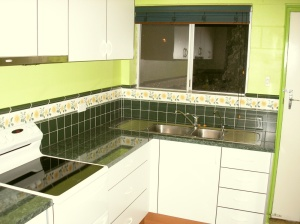 kitchen-tiled
